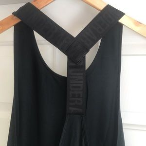 Under Armour Tops - NEW Under Armour Swing Loose Sport workout Tank